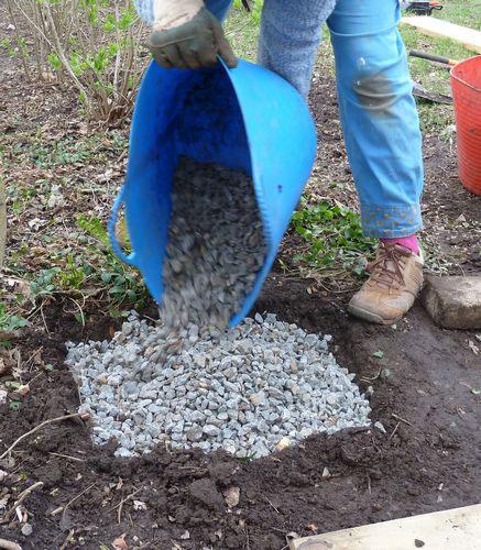Construire terrasse bois for Bache pour mettre sous gravier
